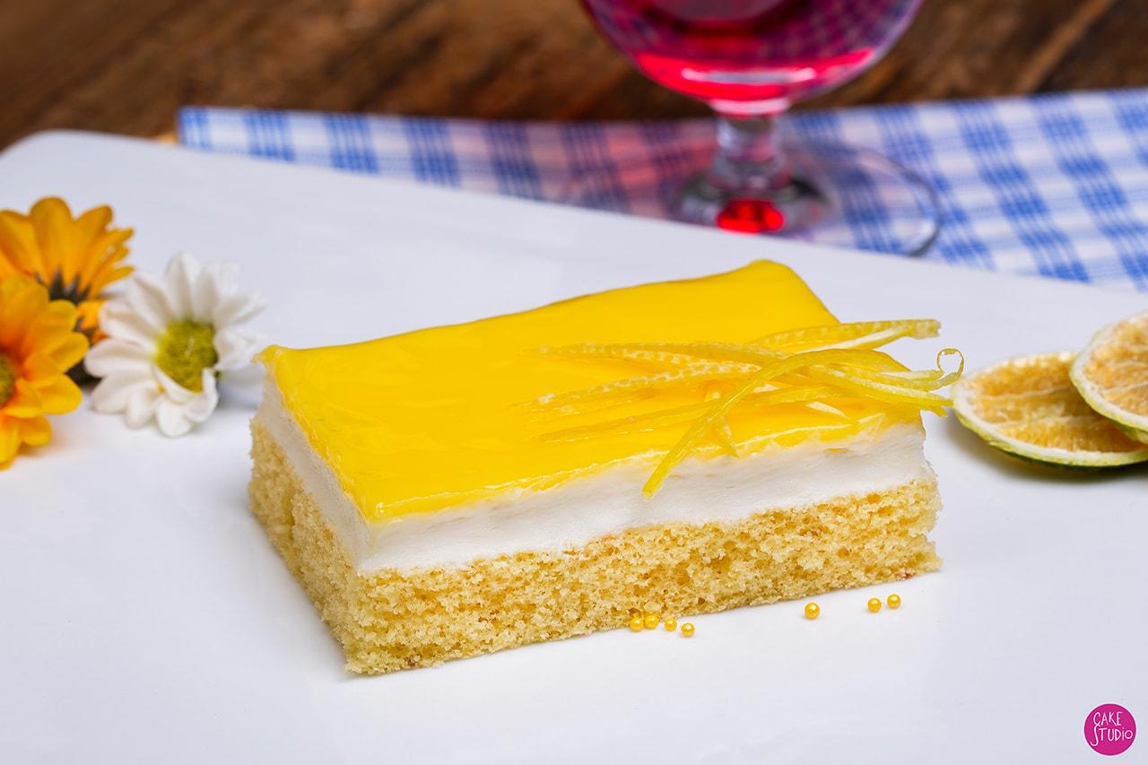 En çok sevilen pastalardan olan limonlu Cheescake fotoğraf çekimi.